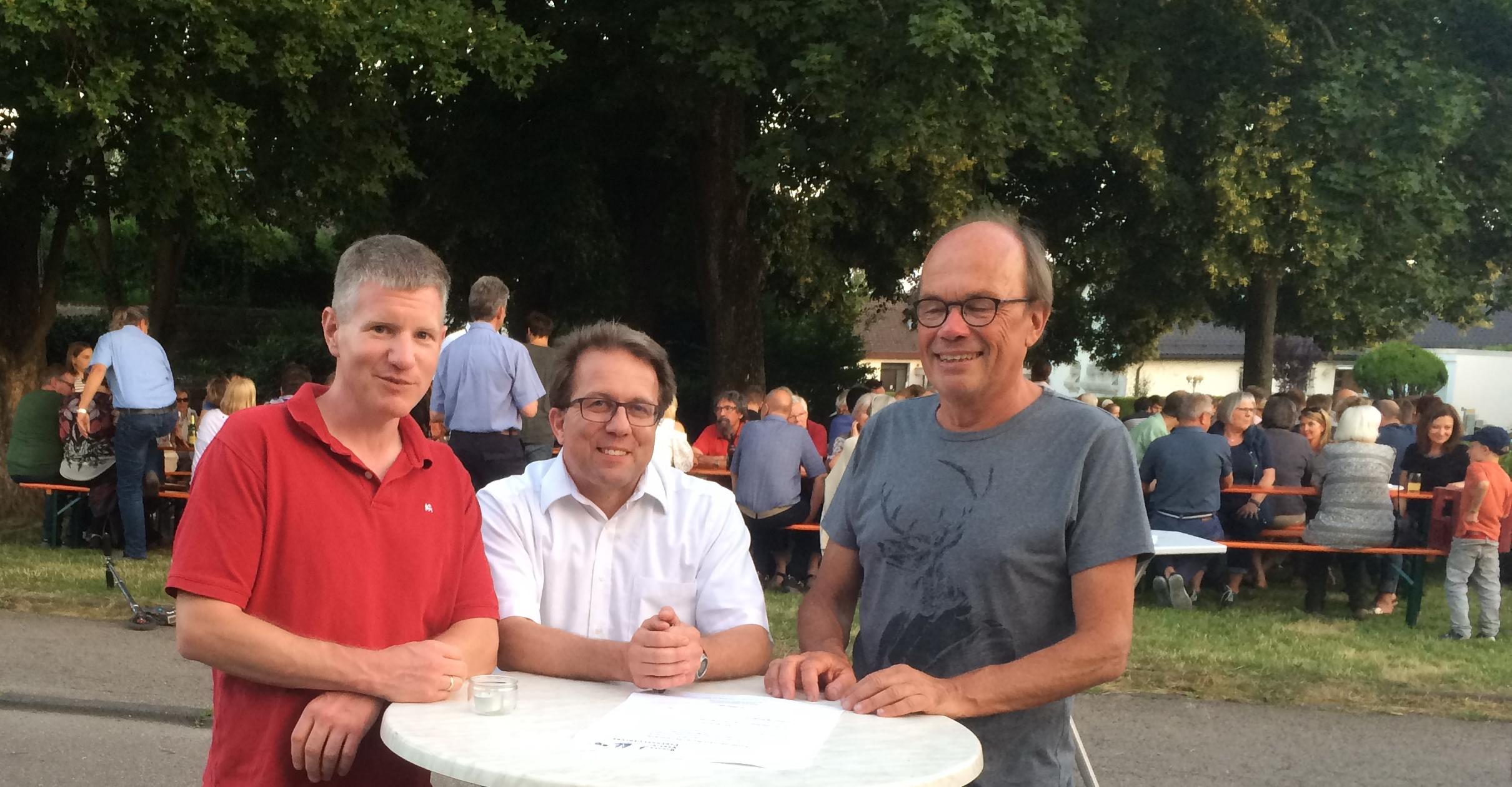 Neuer BVL Vorsitzender Ulrich Martens mit Ortsvorsteher Wolfgang Stierle u. Vorstand Helmut Hofmann